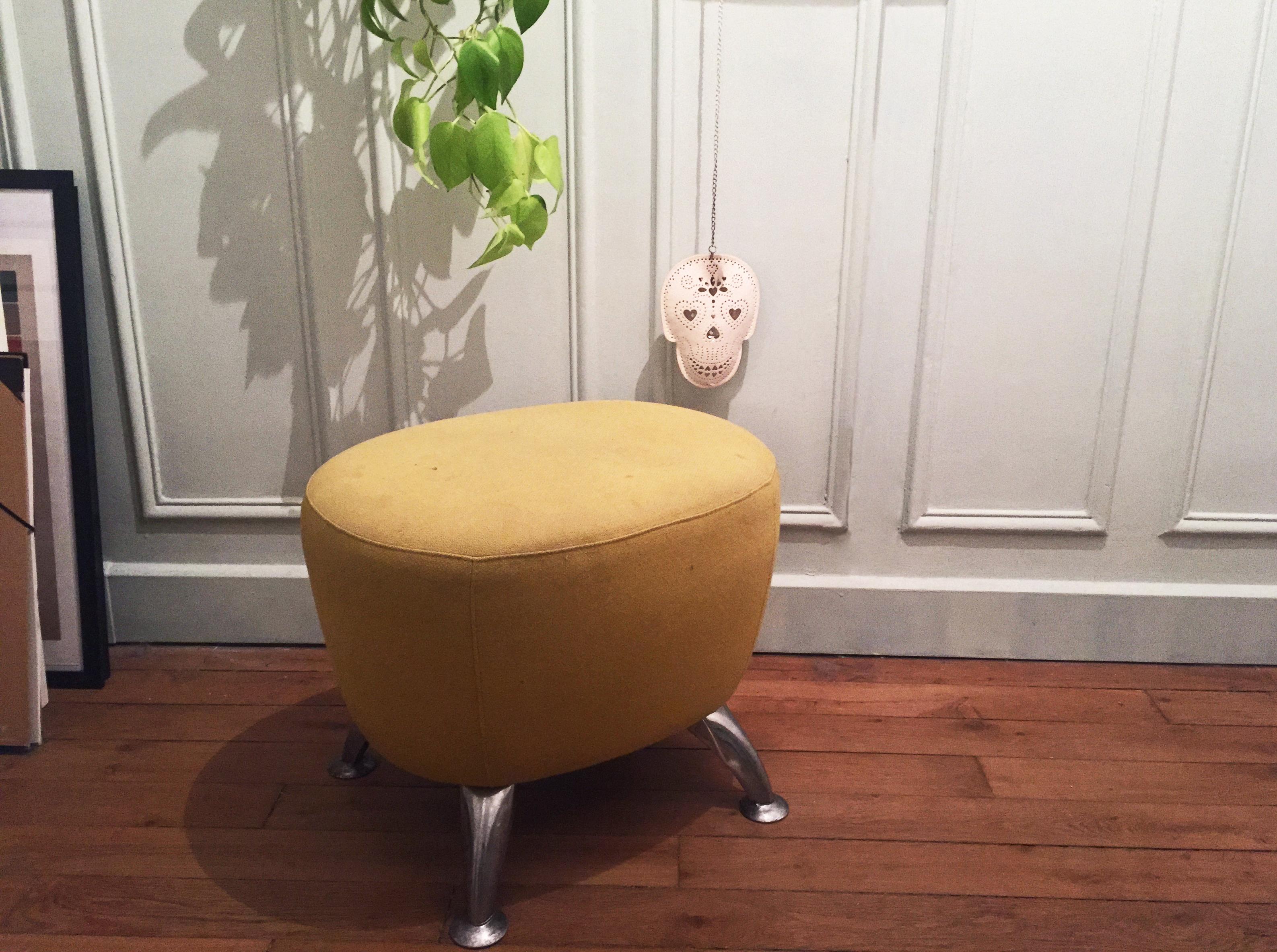 pouf pouf retaper un pouf lemonrock. Black Bedroom Furniture Sets. Home Design Ideas